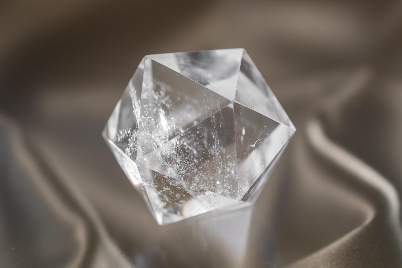 ドクタードルフィン オフィシャルショップ 正二十面体水晶